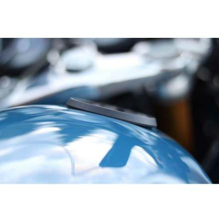 BLACK- Billet Ring Adapter for fitting Gas Caps to Speed Twin/Thruxton/Scrambler 1200